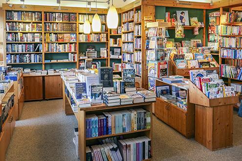 Die Bücherinsel Horumersiel Innenaufnahme